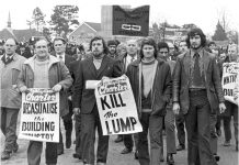 DES WARREN (front second from right) with RICKY TOMLINSON  (next to him holding poster) – both men were jailed as a result of the frame-up trial