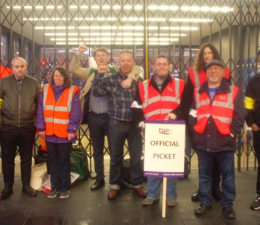 TSSA and RMT strikers on the picket line at Kings Cross Station yesterday morning – determined to defend jobs on the Tube
