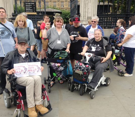 Disability Cuts Kill! was the message as a number of disabled workers lobbied the House of Commons yesterday. They condemned all the cuts in social care