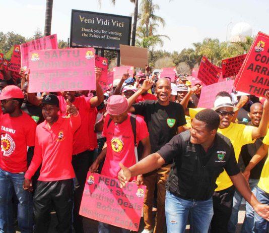 SAFTU demonstration demanding corrupt leaders be jailed