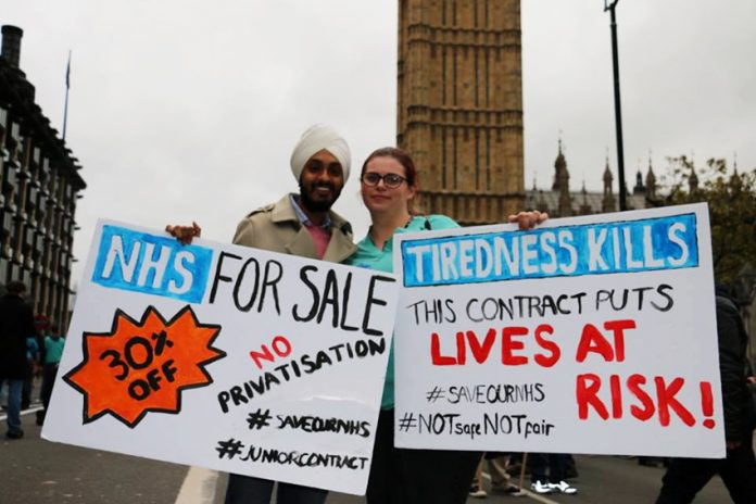 Junior doctors fought Hunt – who blamed them for alleged weekend deaths – yesterday he apologised for the breast screening crisis that meant that up to 270 women may have had their lives shortened, but did not offer his resignation
