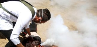 Palestinian shot in the face with a tear gas canister – Israel is accused of war crimes against Palestinians