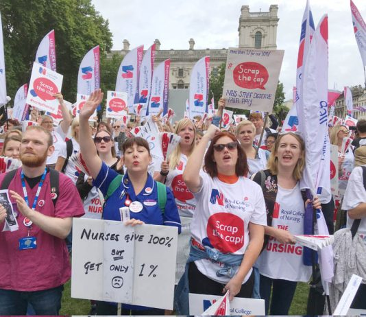 Nurses demonstrate in Parliament Square against the pay cap