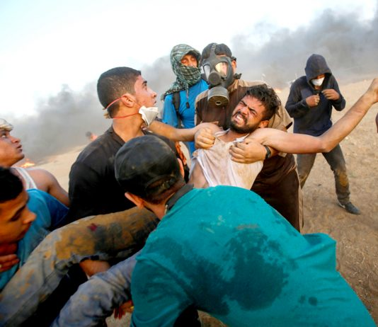 A Palestinian is seriously injured by Israeli sniper fire on the Gaza border