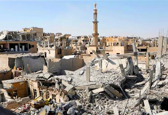 Massive damage to Raqqa after US-led coalition bombing – raids are continuing with many more dead