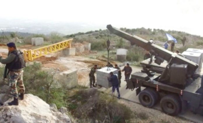 Lebanese army strengthen their border against any Israeli army incursion