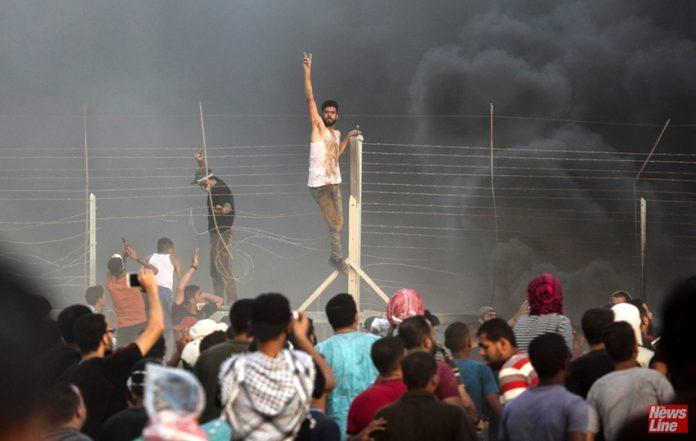 Gaza youth bravely face Israeli forces on the Gaza border