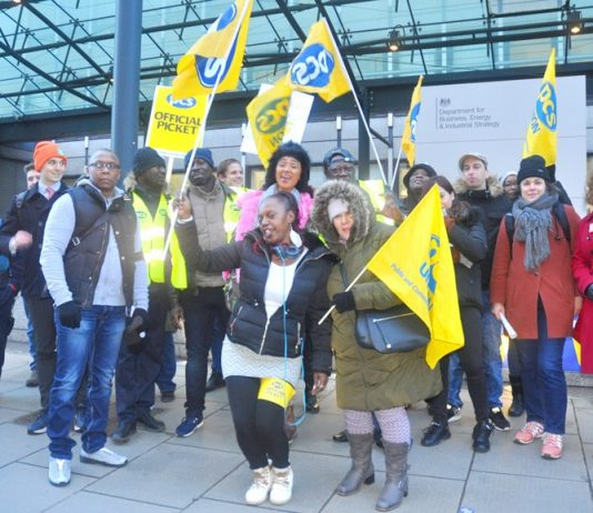 Enthusiastic PCS picket at the Department for Business, Energy and Industrial Strategy (BEIS) demanding the London Living Wage