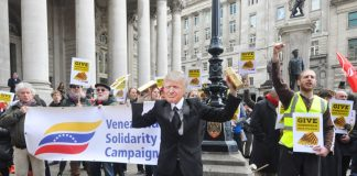 'No Blood for Oil' chanted a lively picket of the Bank of England demanding the bank returns $1.3bn worth of gold to Venezuela